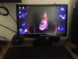 Vendo computador de mesa en excelente estado!
