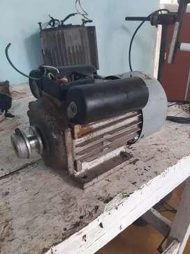 Motor de 1 HP a 1670 RPM en perfecto estado