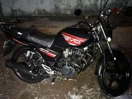 Se vende moto akt Evo 150 modelo 2014