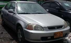 Vendo Honda Civic LX Automático. Modelo 98.