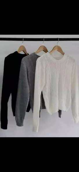 Sweater y poleras