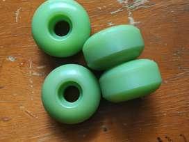 Ruedas de Skate green puke