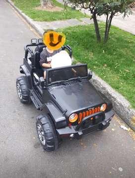 Vendo juguete carro eléctrico,JEEP de Princel Eléctrico enchufarle, USADO
