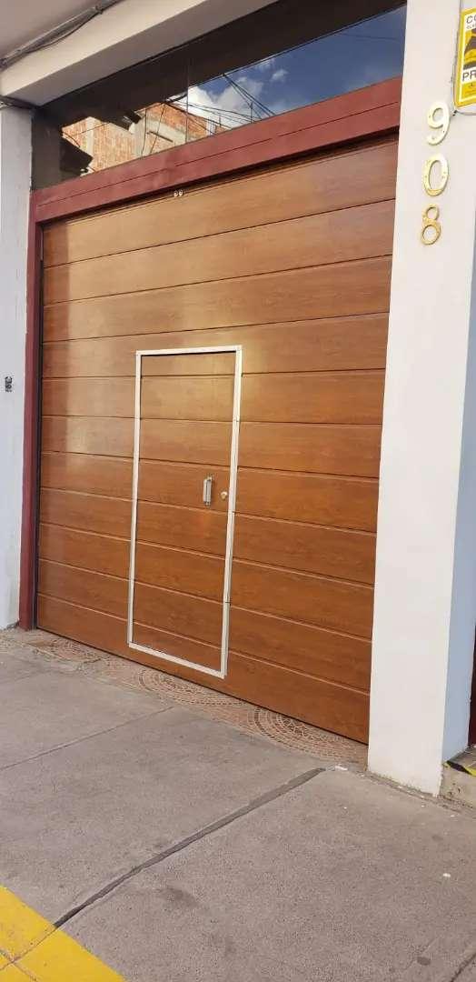 Puerta seccional 0