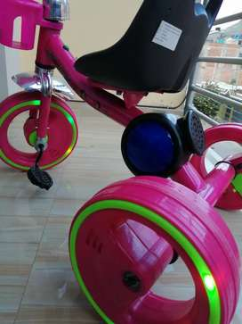 Triciclo musical LED
