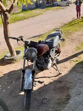Vendo moto 125