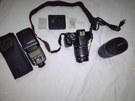 Camara T2i Canon, Profesional, mas lente de 75-300. Como nueva