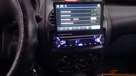 Autoradio con pantalla deslizable