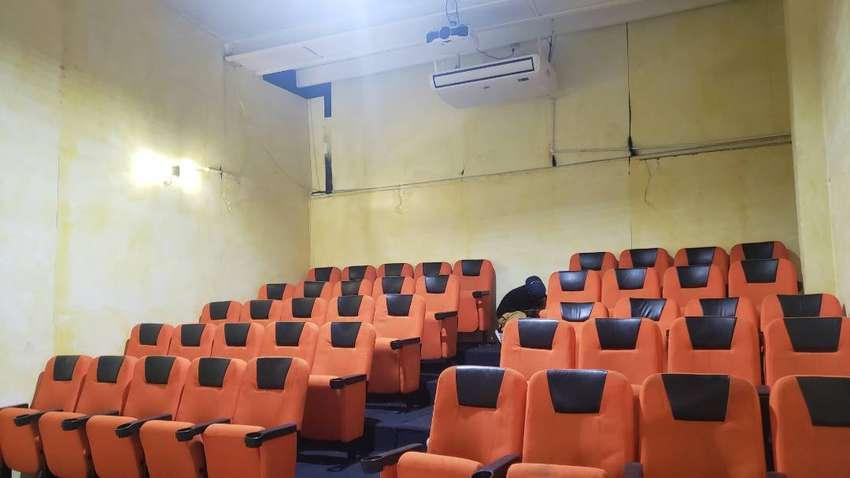 Sillas reclinables teratro,cine,sala de espera.. 0