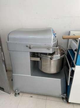Maquinaria para panaderia y reposteria