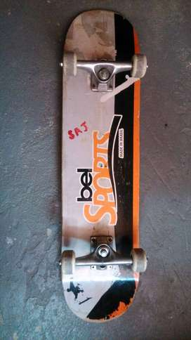 Vendo Skateboard en buen estado