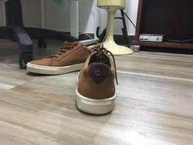 Zapatos bosi talla 39 cuero, color miel