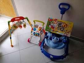 Venta de caminador y juguetes