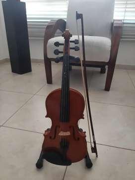 Violin marca amati