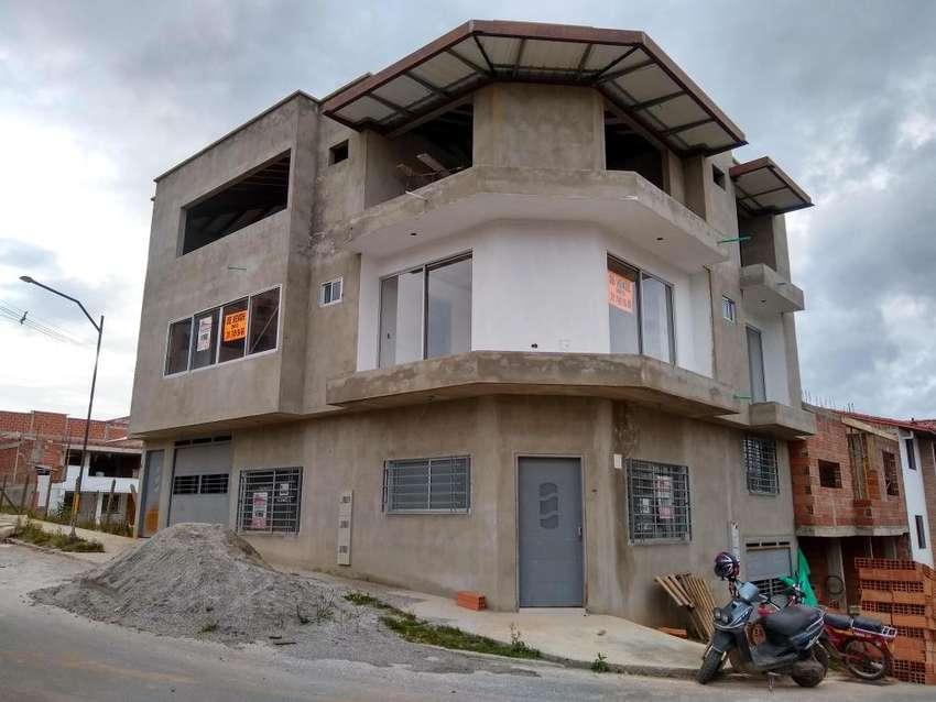 Gran oportunidad de Inversión, 3 apartamentos para  la VENTA 0