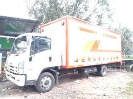 Vendo  camion mas  acciones