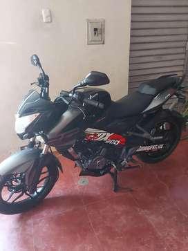Se vende  moto pulzar   x motivo de viaje