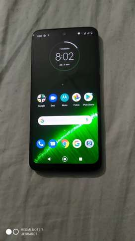 Vendo hermoso celular Moto g7 plus de 64 gigas 4 de ram NFC, huella desbloqueo facial como nuevo