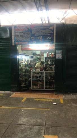 LOCAL COMERCIAL O PUESTO DE MERCADO