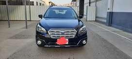 Vendo Subaru outback 2016 full black edition cvt