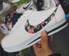 Zapatilla Nike Cortes