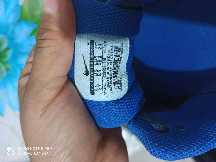Vendo Nike azules talla 37 0
