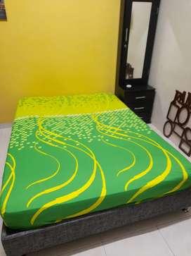 Se vende cama+colchón + peinador