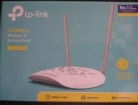 Router Tp Link TL-WA801ND. 1 mes de uso. Muy bien cuidado. Se vende por que ya no lo necesito.
