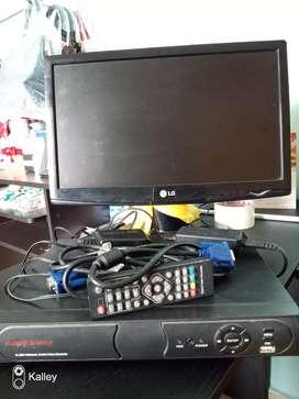 Dvr 4 canales disco duro 1000 GB pantalla LCD adaptadores y cables.