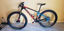 Bicicleta Giant xtc advance 1 full carbon