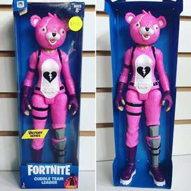 MUÑECO CUDDLE TEAM LEADER DE FORTNITE