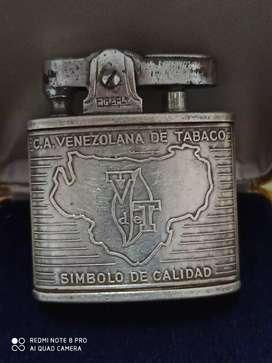 Encendedor antiguo en plata
