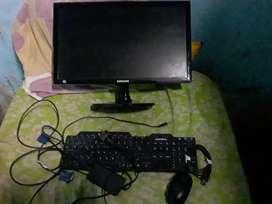 Monitor Samsung más teclado y mouse