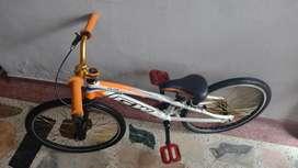 Bicicleta BMX elite