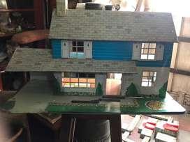 Casa juguete de lata antigua Decoracion pintada Tamaño  grande