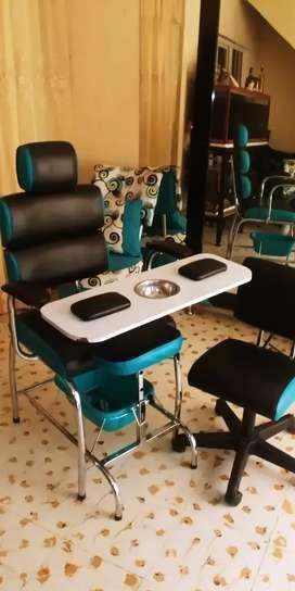 Montaje para peluqueria muy buen precio$$$800