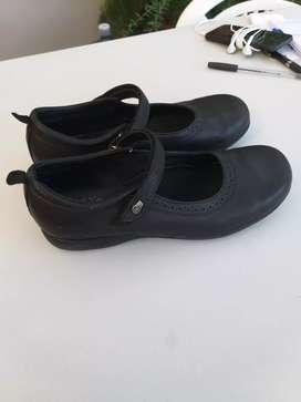 Zapatos colegiales Ferli