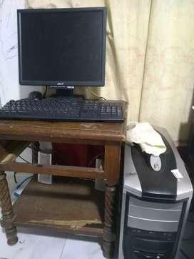 Vendo computador en buen estado o cambio es marca acer