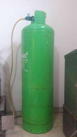 Cilindro de gas (Pipa) 45 kg con forro