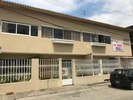Venta de Casa Rentera en La Alborada Sexta Etapa, entrada frente al City Mall, Norte de Guayaquil