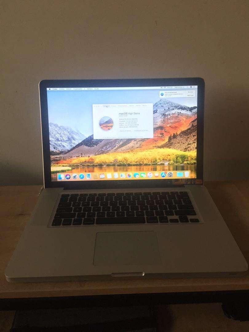 MacBook Pro 15 pulgadas modelo 2010 Core i5 SSD 128gb  y disco duro 250gb Ram 4gb LEER DESCRIPCIÓN