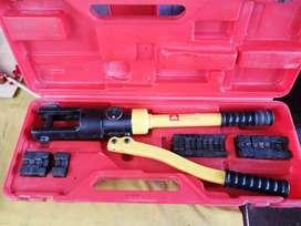 PRENSATERMINAL HIDRÁULICA YQ-300C, HIDRAULIC OPTION  DESCRIPCIÓN DEL PRODUCTO  Marca: Hidraulic Option