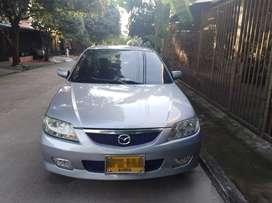 Mazda Allegro modelo 2005 de 1300cc