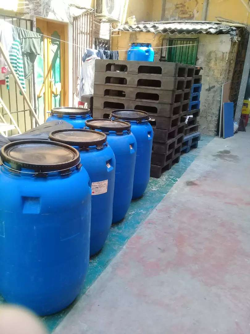 Tanques 220 litros azules 0