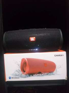 Parlante Charge 4 (JBL)