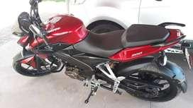 Vendo moto Bajaj Rouser NS 200, 17000 km, único dueño. Barrio Flores C.A.B.A