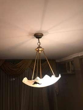 Lámparas colgantes de hierro con vidrio esmerilado