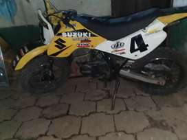 Moto Suzuki jr 80