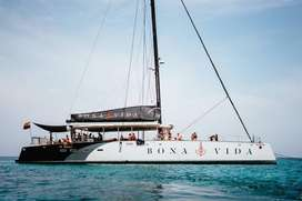 Pasadia Bona Vida Catamaran