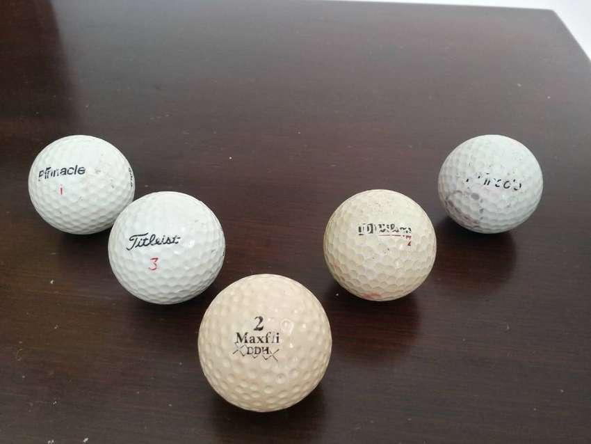 5 Pelotas Golf